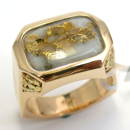Prominent Men S Ring With Gold Bearing Quartz